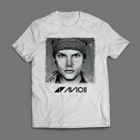 Camiseta Avicii Masculina Foto Branca