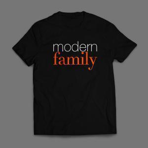 Camiseta Modern Family Masculina Preta