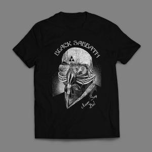 Camiseta Black Sabbath Never Say Die Masculina Preta