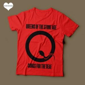 Camiseta Queens Of The Stone Age Feminina Vermelha e Preta
