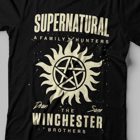 Camiseta Sobrenatural Winchester Brothers Feminina Zoom