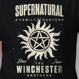 Camiseta Sobrenatural Winchester Brothers Masculina Zoom