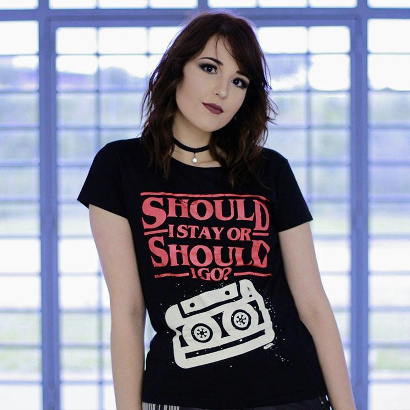 Camiseta Should I Stay Or Should I Go Feminina Cover