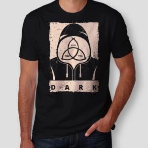 Camiseta Dark Masculina Capa